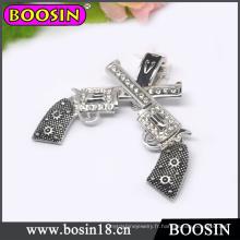 Bijoux pour hommes Collier Double Cross Gun avec fermoirs magnétiques # 19038