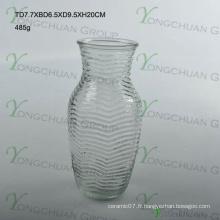 Le vase en verre de l'arbre One Dollar le moins cher