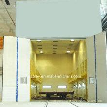 Sala de jateamento de limpeza industrial com sistema de reciclagem