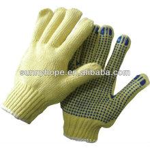 Перфорированная перчатка с перфорированной плиткой идеально подходит для изготовления металла