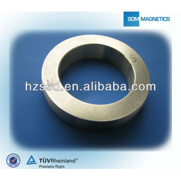 Diametrically Magnetized AlNiCo Magnet