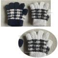 Зимние вязаные теплые перчатки в клетку из спандекса варежки