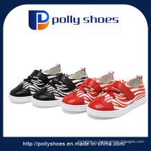 Оптовые плоские ботинки дешевые ботинки детей в Кита