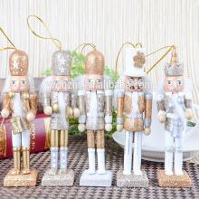 les gens les plus préférés intéressant Noël casse-noisette en bois artisanat