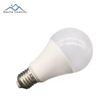 Wolink Novo produto de carga inteligente substituição controle remoto recarregável 7 w led lâmpada