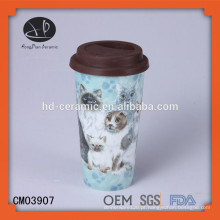 Caneca de parede dupla de 15 onças, caneca cerâmica com tampa, produtos de design novo parede dupla caneca de cerâmica com tampas de silicone impressão de imagem personalizada