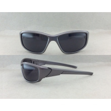2016 Hot Sales and Fashionable Spectacles Style for Men′s Sports Sunglasses (P10006)
