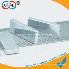 Aimant à barre galvanisée au zinc