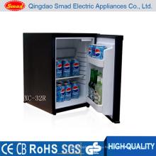 12 В одной двери автомобиля мини-холодильник