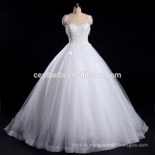 2016 бальное платье свадебное платье с бретельках милая декольте