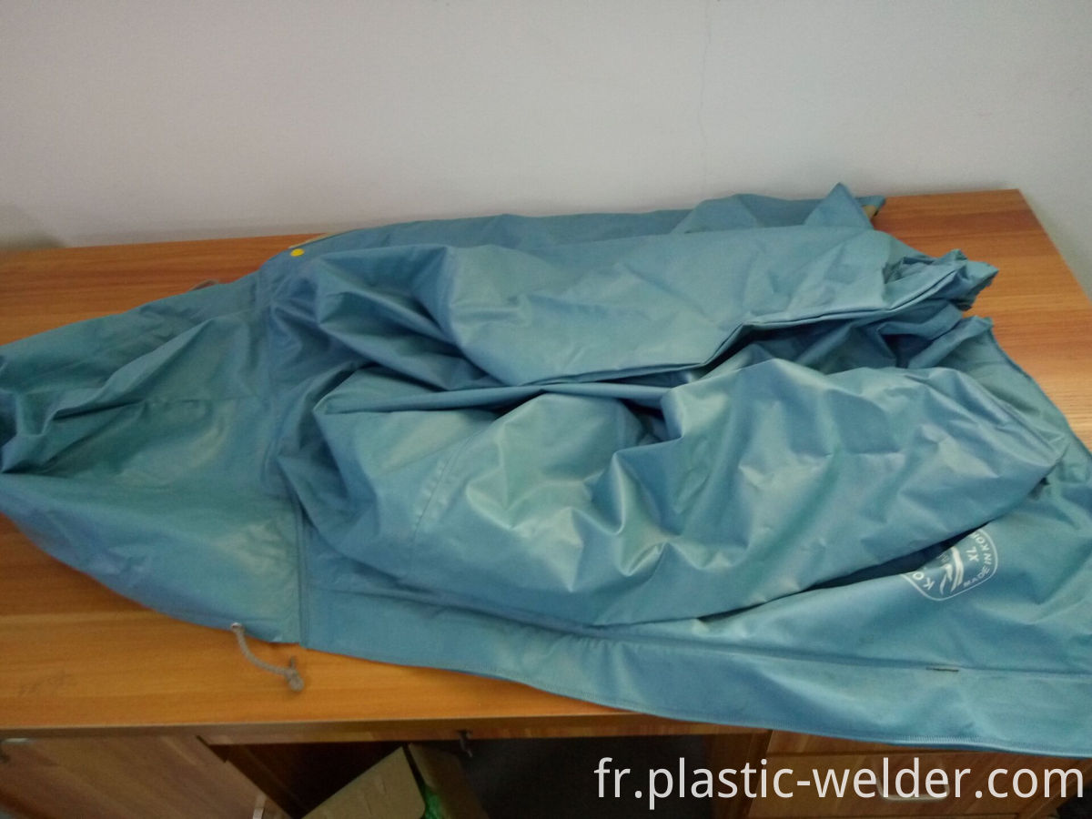 Plastic Raincoat Welding Machine