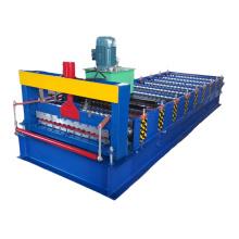 Aluminium-Dachbahn-Rolle, die Maschine bildet