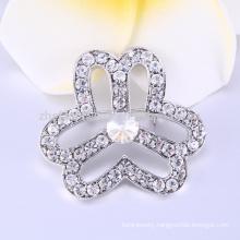 brooch in zinc alloy jewelry in brooch