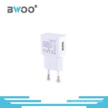 Portable EU nous branche le chargeur simple de voyage d'USB