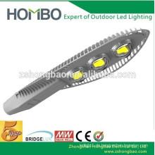 Outdoor Solar LED-Beleuchtung Projekt 100w BridgeLux 3000K Solar LED Straßenlaternen Preis mit Solar-System