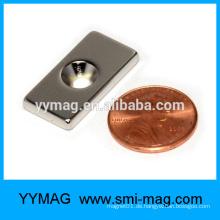 Dünne Neodym-Magnetbar mit einem Loch