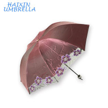 Chameleon Fabric Sun Protection Beautiful 3 Folding Embroidered Umbrella with China Characteristics Lace