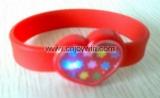 Promotional New Design Heart Shape Silicone LED Wristband