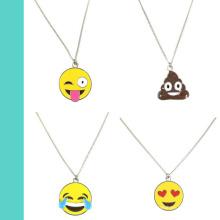Großhandel OEM / ODM versilberte Emaille Emoji Face Charms