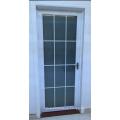 Алюминиевые стеклянные двери с одной направляющей планкой (РА-G001)