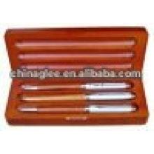 деревянная ручка случае