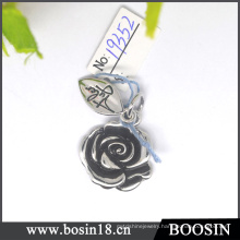 Fashion Zinc Alloy Black Rose Pendant #19352