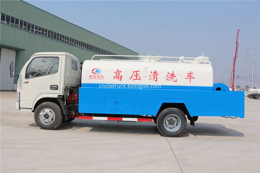 drain cleaning truck 2