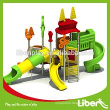 Playground ao ar livre Equipamento com escorregadores para creche