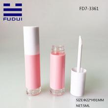 5ml mignon plastique personnaliser la bouteille de brillant à lèvres