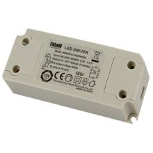 Controlador LED de 24W 700mA para luces de panel LED