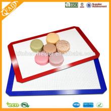 Shenzhen Professional Hersteller umweltfreundliche Food Grade Hitzebeständige Antihaft-Fiberglas Silikon Backmatte Set 2