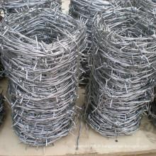 Fil de fer barbelé pour clôture grillagée