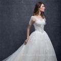 China maßgeschneiderte Kurzarm Satin Stickerei Brautkleid Brautkleid 2018 mit langen Schwanz