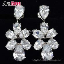 Boucles d'oreilles pas cher faites dans des boucles d'oreilles de mariée diamant en porcelaine zirconium