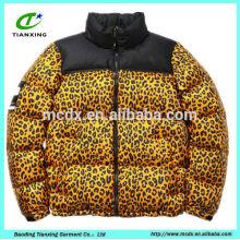 élégante veste en cuir léopard