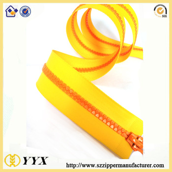 yellow color plastic Waterproof zipper
