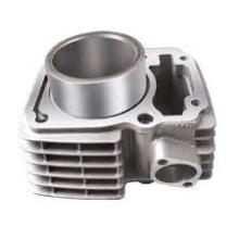 детали двигателя из алюминия и цинка