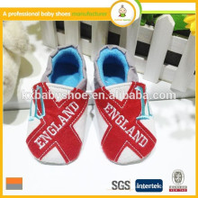 2016 calcetines suaves únicos de los zapatos de bebé de la alta calidad hechos a mano que venden al por mayor el moccasin al por mayor del bebé deslizamiento-en los zapatos