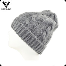 Women′s Popular Pure Color Acrylic Mohair Beanie