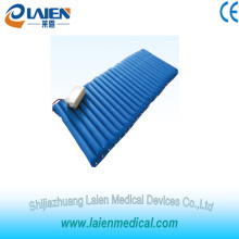 Hospital bed mattress for bedsore prevention