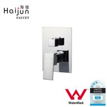 Haijun Mercado de China Marca de agua Plaza Forma Latón Ducha Mano de baño