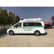 A ambulância a mais alta de Mercedes 4x2 Vito a mais nova