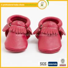 Fabricante 2015 venta al por mayor bien venden mocasines suaves de cuero suave único del bebé