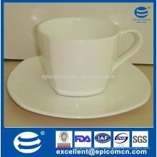 Белый фарфоровый фарфоровый фарфоровый фарфоровый фарфоровый стаканчик для кофе для спиртных напитков