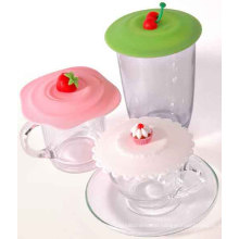 Food Grade Leakproof Strawberry Cake Shape Silicone Glass Cover