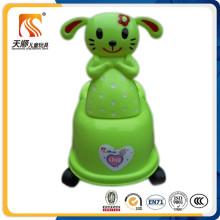 Chaise Potty en plastique pour enfants fabriqué en Chine avec toilette intérieure amovible