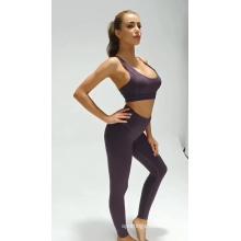 Traje de yoga deportivo de fitness para mujer transpirable de color sólido