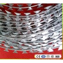 Fio de fita farpado galvanizado mergulhado quente da lâmina da concertina (BTO-22)