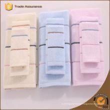 2015 vente chaude de haute qualité en bambou teinté rayé plage de serviettes de plage