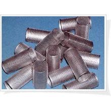 Treillis métallique perforé pour faire des filtres